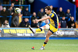 Ryan Mills of Worcester Warriors scores a conversion  - Mandatory by-line: Dougie Allward/JMP - 04/02/2017 - RUGBY - BT Sport Cardiff Arms Park - Cardiff, Wales - Cardiff Blues v Worcester Warriors - Anglo Welsh Cup