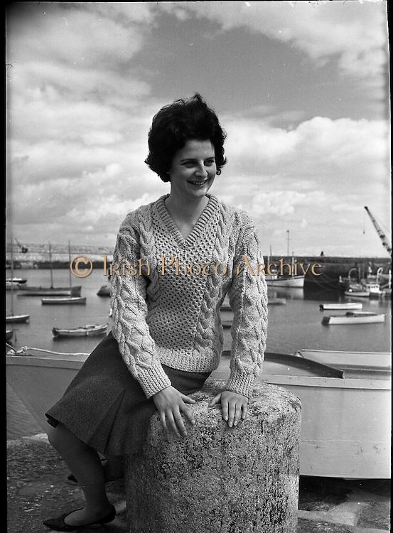 Irish Knitting- Aran Jumpers.13.07.1963