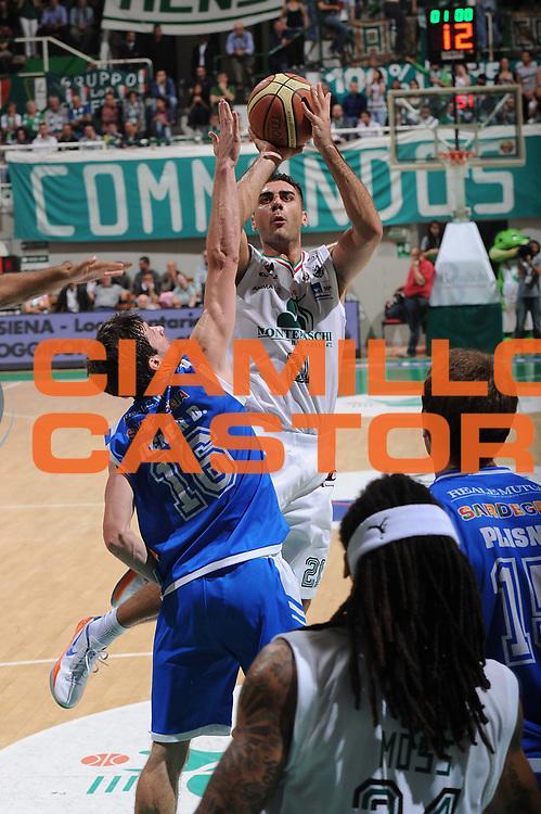 DESCRIZIONE : Siena Lega A 2011-12 Montepaschi Siena Banco di Sardegna Sassari Semifinale Play off gara 1<br /> GIOCATORE : Pietro Aradori<br /> CATEGORIA : tiro penetrazione<br /> SQUADRA : Montepaschi Siena <br /> EVENTO : Campionato Lega A 2011-2012 Montepaschi Siena Banco di Sardegna Sassari Semifinale Play off gara 1<br /> DATA : 28/05/2012<br /> SPORT : Pallacanestro <br /> AUTORE : Agenzia Ciamillo-Castoria/GiulioCiamillo<br /> Galleria : Lega Basket A 2011-2012<br /> Fotonotizia : Siena Lega A 2011-12 Montepaschi Siena Banco di Sardegna Sassari Semifinale Play off gara 1<br /> Predefinita :