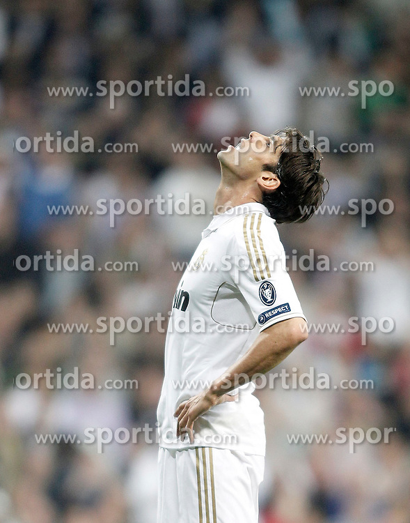 14.03.2012, Santiago Bernabeu Stadion, Madrid, ESP, UEFA CL, Achtelfinal-Rueckspiel, Real Madrid vs ZSKA Moskau, im Bild Real Madrid's Kaka dejected // during the UEFA Champions League round of 16 second leg Match between Real Madrid vs CSKA Moscow at the Estadio Santiago Bernabeu, Madrid, Spain on 2012/03/14. EXPA Pictures © 2012, PhotoCredit: EXPA/ Alterphotos/ Alvaro Hernandez..***** ATTENTION - OUT OF ESP and SUI *****