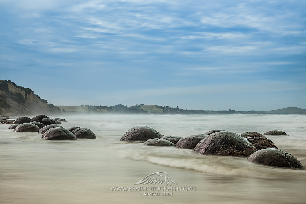 23 boulders stretched at along the coast at Moeraki Beach, New Zealand