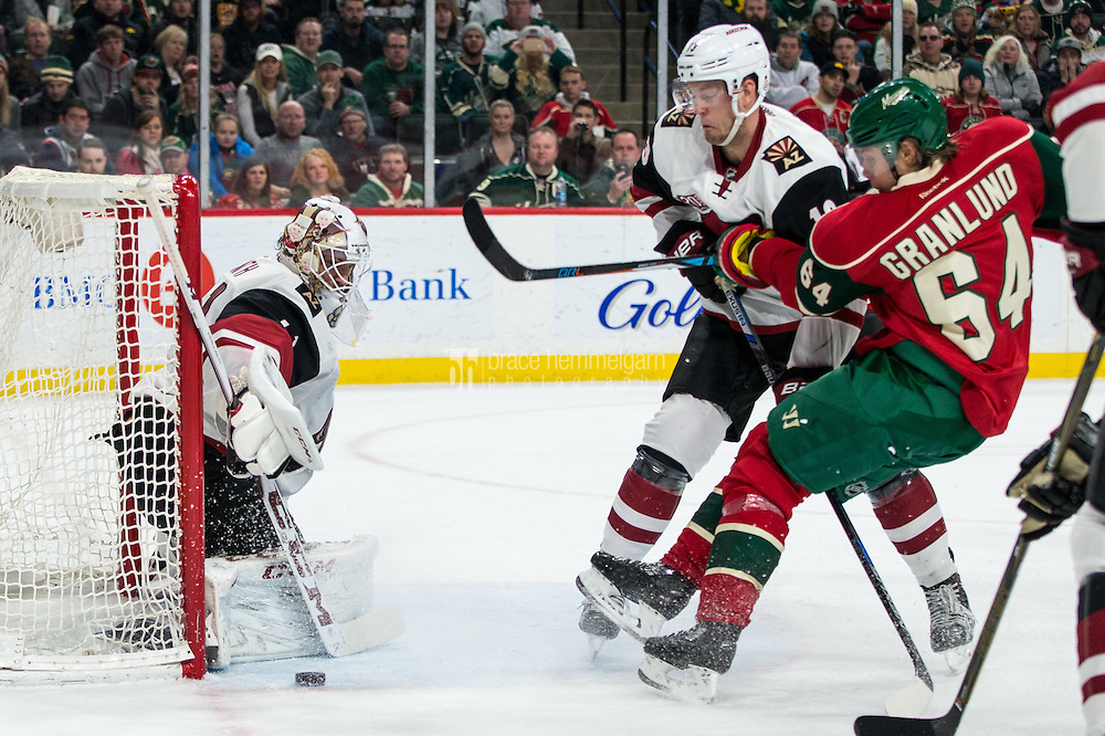 Dec 17, 2016; Saint Paul, MN, USA; Arizona Coyotes goalie Mike Smith (41) makes a save during the second period against the Minnesota Wild at Xcel Energy Center. Mandatory Credit: Brace Hemmelgarn-USA TODAY Sports