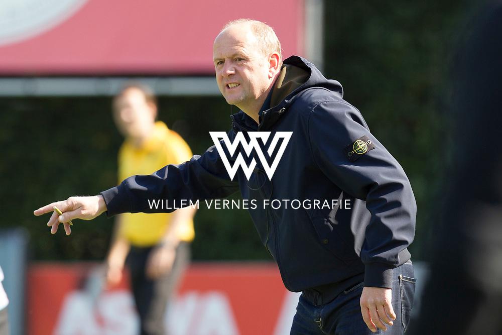 Eindhoven - OZ - HGC Heren, Hoofdklasse Hockey Heren, Seizoen 2015-2016, 01-05-2016, OZ - HGC 3-0, Coach OZ Michel van den Heuvel.