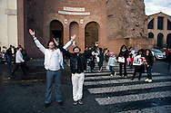 Roma 5 Aprile 2010.Manifestazione, dei fan di Michael  Jackson, per sensibilizzare l'opinione pubblica, riguardo alle circostanze, che hanno condotto alla morte prematura di Michael e  per chiedere, allo stesso tempo, che Conrad Murray, venga  incolpato per omicidio di II grado. .www.this-is-not-it.com.Demonstration fans of Michael Jackson, to raise public awareness with regard to the circumstances that led to the untimely death of Michael and ask at the same time, that Conrad Murray, is accused of murder Grade II.