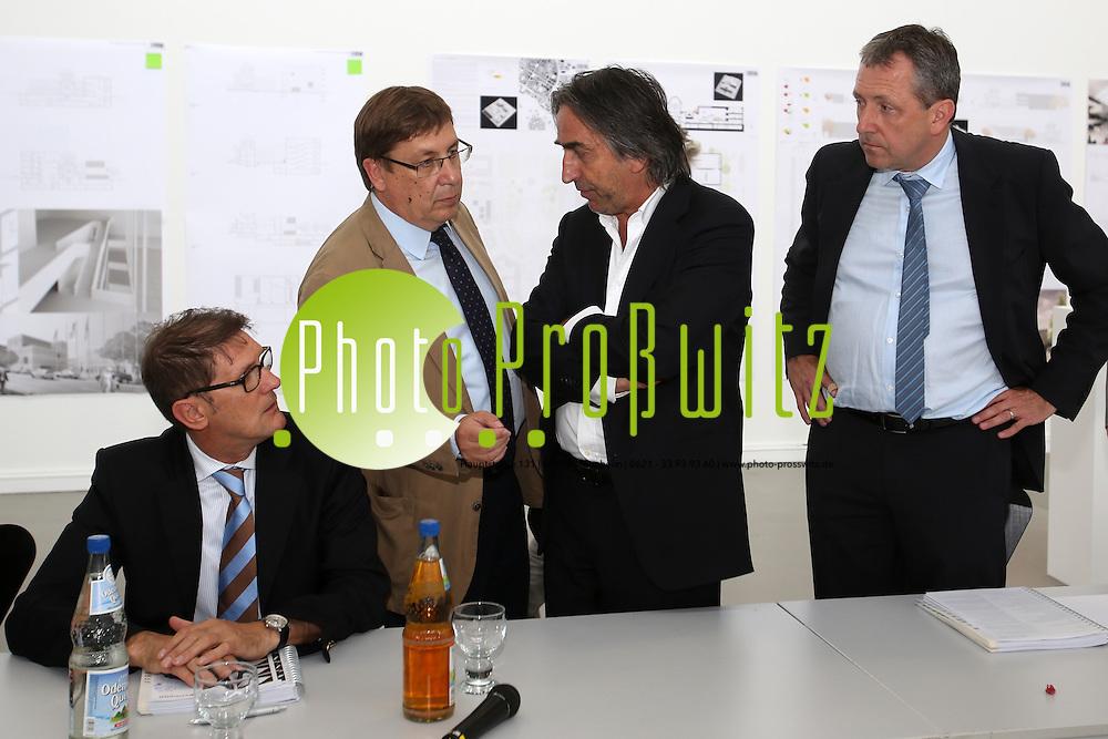 Mannheim. 19.07.2012. Kunsthalle. Pressekonferenz. Vorstellung der Architektenentw&cedil;rfe zum Neubau der Kunsthalle.<br /> <br /> <br /> Bild: Markus Proflwitz 20JUL12 / masterpress /