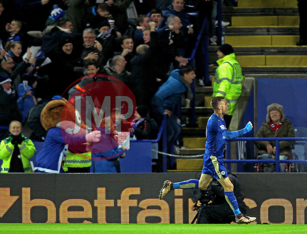 Jamie Vardy of Leicester City celebrates his record breaking goal - Mandatory byline: Robbie Stephenson/JMP - 28/11/2015 - Football - King Power Stadium - Leicester, England - Leicester City v Manchester United - Barclays Premier League