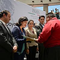 Toluca, México.- Narcedalia Ramírez Pineda, directora general del Instituto Nacional de la Economía Social (INAES), durante la entrega de apoyos a proyectos productivos del Estado de México. Agencia MVT / Crisanta Espinosa
