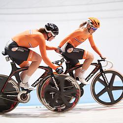 29-12-2018: Wielrennen: NK Baan: Apeldoorn<br /> NK Koppelkoers vrouwen Kirsten Wild en Amy Pieters pakken de titel op de koppelkoers
