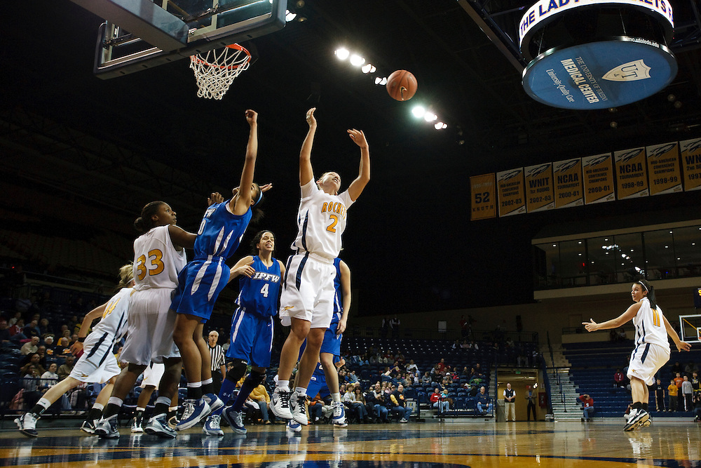 12 December 2009:  Wide shot of the action during the NCAA basketball game between IPFW and the Toledo Rockets at Savage Arena in Toledo, OH.