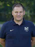 FODBOLD: Michael Hansen (Sportschef) ved Ølstykke FC's officielle fotosession den 10. august 2017 på Ølstykke Stadion. Foto: Claus Birch