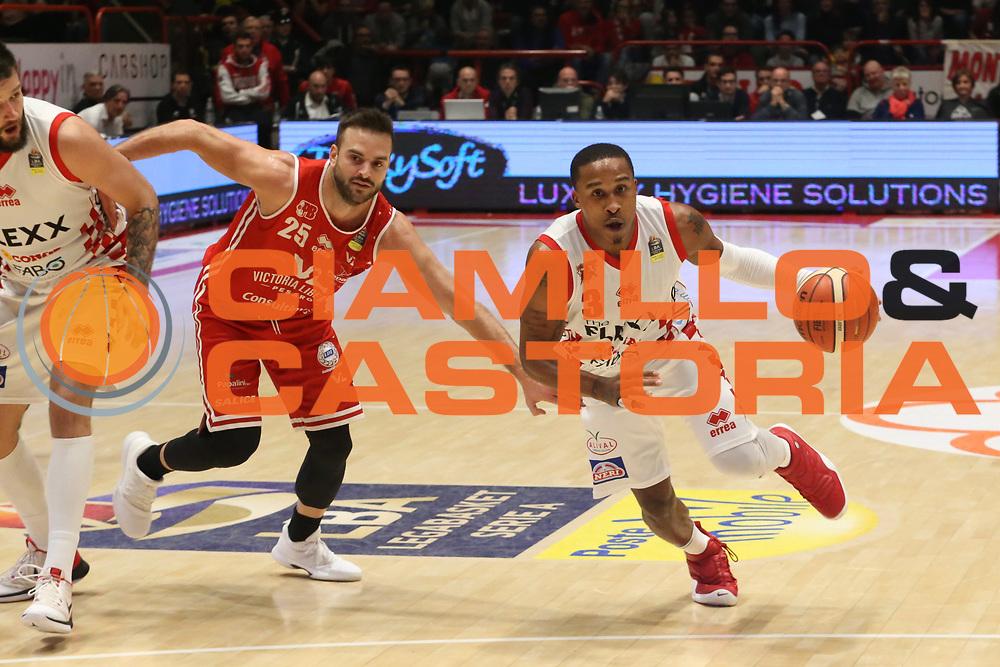 McGee Tyrus<br /> The Flexx Pistoia - VL Pesaro<br /> Lega Basket Serie A 2017/2018<br /> Pistoia, 09/12/2017<br /> Foto Ciamillo - Castoria
