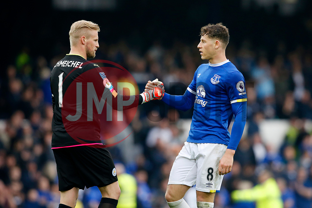 Kasper Schmeichel of Leicester City shakes hands with Ross Barkley of Everton at full time - Mandatory by-line: Matt McNulty/JMP - 09/04/2017 - FOOTBALL - Goodison Park - Liverpool, England - Everton v Leicester City - Premier League