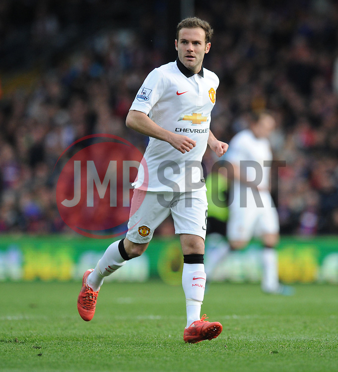 Manchester United's Juan Mata - Photo mandatory by-line: Alex James/JMP - Mobile: 07966 386802 - 09/05/2015 - SPORT - Football - London - Selhurst Park - Crystal Palace v Manchester United - Barclays Premier League