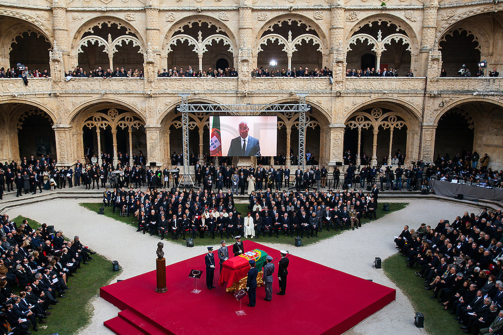 January 6, 2017. Lisbon - Portugal.<br /> Costa send message through twitter to funeral ceremony  of Mario Soares (Ex-president of the republic of Portugal) in Mosteiro dos Jeronimos.