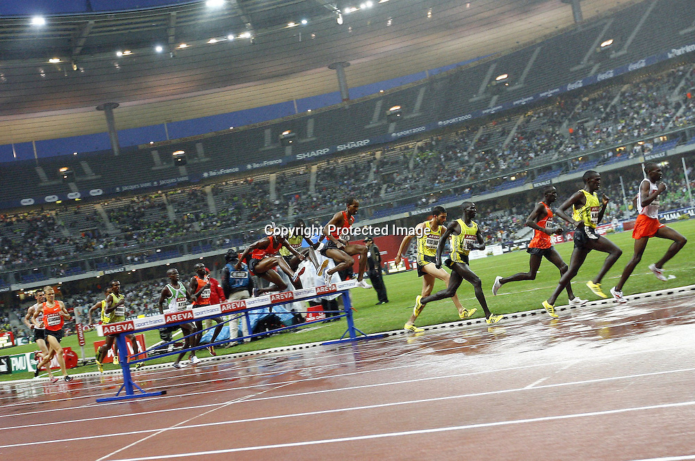 3000 metre Steeple chase event, at the IAAF Golden League Track and Field meeting on 17 July 2009 in Paris, France. Photo: Panoramic/PHOTOSPORT *** Local Caption ***