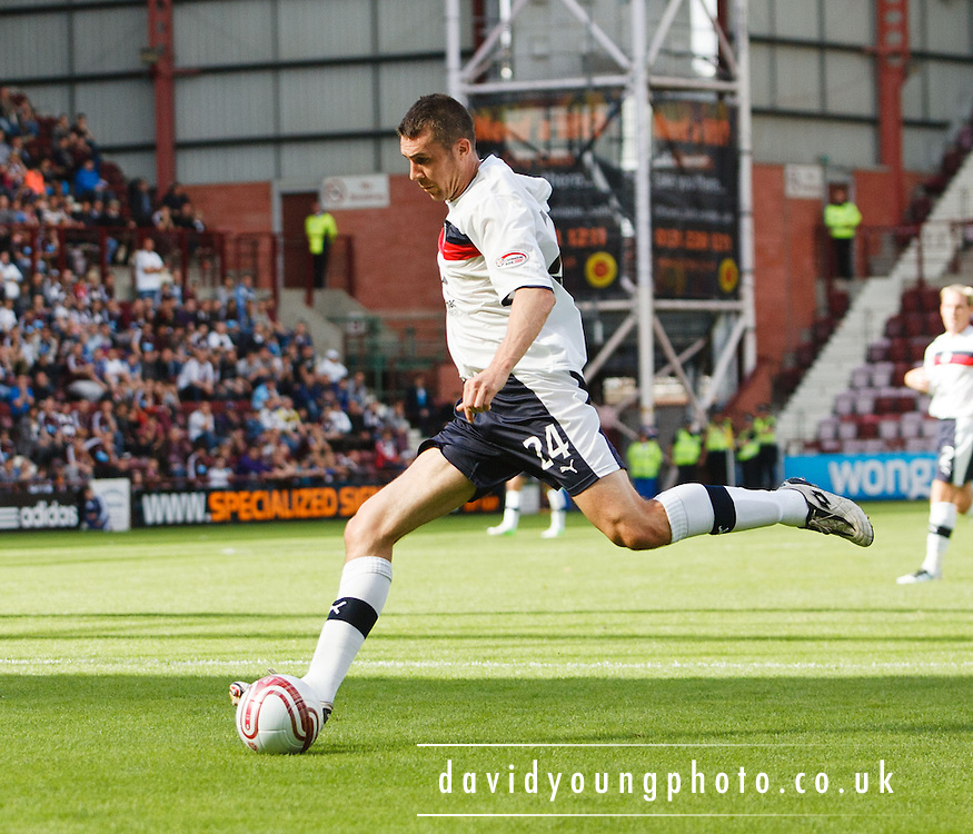 Dundee's Colin Nish - Hearts v Dundee at Tynecastle in the Clydesdale Bank Scottish Premier League.. - © David Young - 5 Foundry Place - Monifieth - DD5 4BB - Telephone 07765 252616 - email: davidyoungphoto@gmail.com - web: www.davidyoungphoto.co.uk