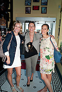 AMELIE VON WEDAL; YANA PEEL; ARIANNE LEVENE, Brunch to celebrate the launch of Art HK 11. Miss Yip Chinese Cafe. Meridian ave,  Miami Beach. 3 December 2010. -DO NOT ARCHIVE-© Copyright Photograph by Dafydd Jones. 248 Clapham Rd. London SW9 0PZ. Tel 0207 820 0771. www.dafjones.com.