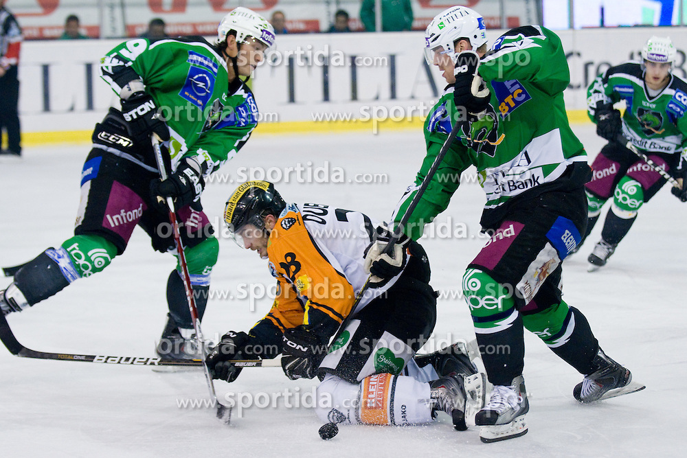 Michael Ouellette (Moser Medical Graz 99ers, #28) during ice-hockey match between HDD Tilia Olimpija and Moser Medical Graz 99ers in 21st Round of EBEL league, on November 21, 2010 at Hala Tivoli, Ljubljana, Slovenia. (Photo By Matic Klansek Velej / Sportida.com)