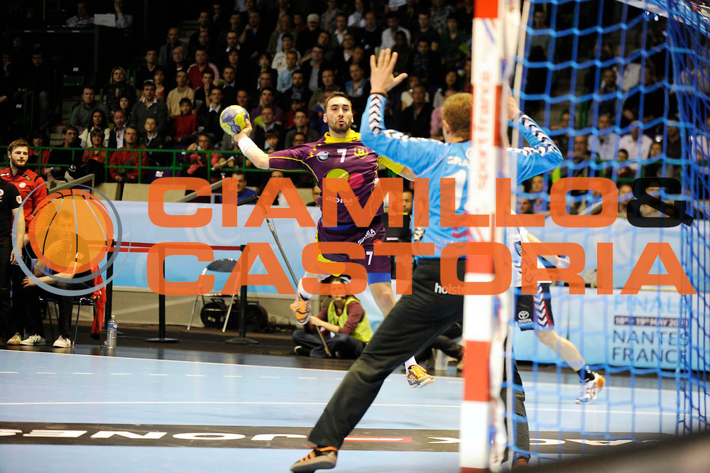 DESCRIZIONE : HandbaLL Cup Finale EHF Homme<br /> GIOCATORE : RIVERA Valero<br /> SQUADRA : Nantes <br /> EVENTO : Coupe EHF Demi Finale<br /> GARA : NANTES HOLSTEBRO<br /> DATA : 18 05 2013<br /> CATEGORIA : Handball Homme<br /> SPORT : Handball<br /> AUTORE : JF Molliere <br /> Galleria : France Hand 2012-2013 Action<br /> Fotonotizia : HandbaLL Cup Finale EHF Homme<br /> Predefinita :