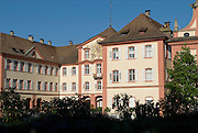 Insel Mainau, Schloss, Bodensee, Baden-Württemberg, Deutschland.. | ..Isle of Mainau, palace, Lake Constance, Germany