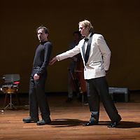 Nederland, Amstelveen, 16 februari 2016.<br />Repetitie van het theaterstuk Not The Tommy Cooper Story met Jan Jaap van der Wal en Ren&eacute; van &rsquo;t Hof in de Schouwburg.<br />Not The Tommy Cooper Story is een coproductie van Toneelgroep Maastricht met &amp; van Warmerdam. Artistiek leider Michel Sluysmans maakt samen met Vincent van Warmerdam muziektheaterproducties waarbij tekst en muziek onlosmakelijk met elkaar verbonden zijn.<br /><br /><br /><br />Foto: Jean-Pierre Jans