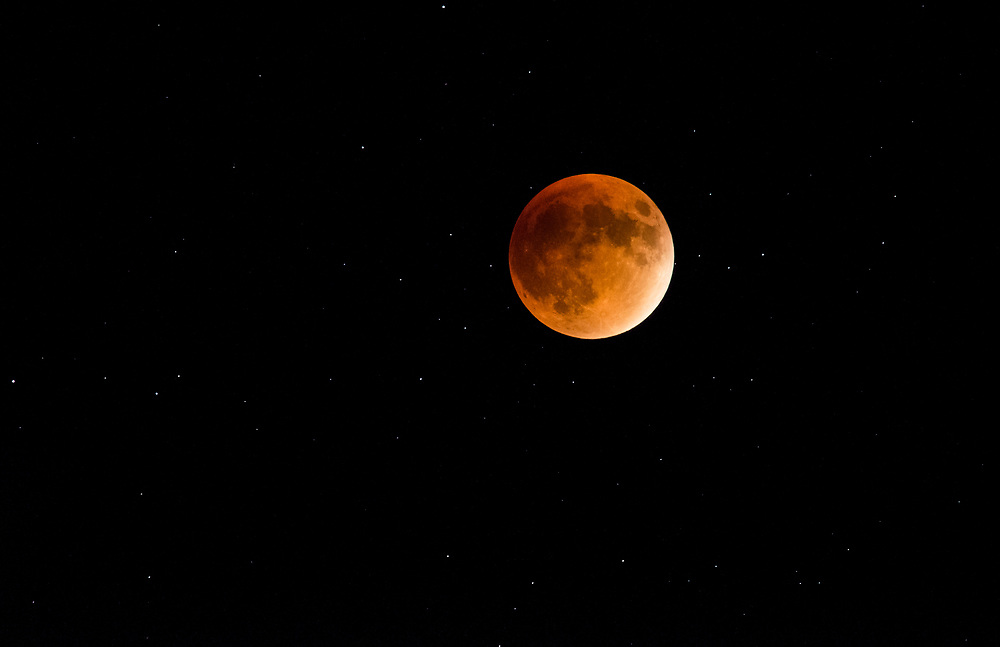 This is a picture of the blood moon taken in Colorado in 2015.<br />
