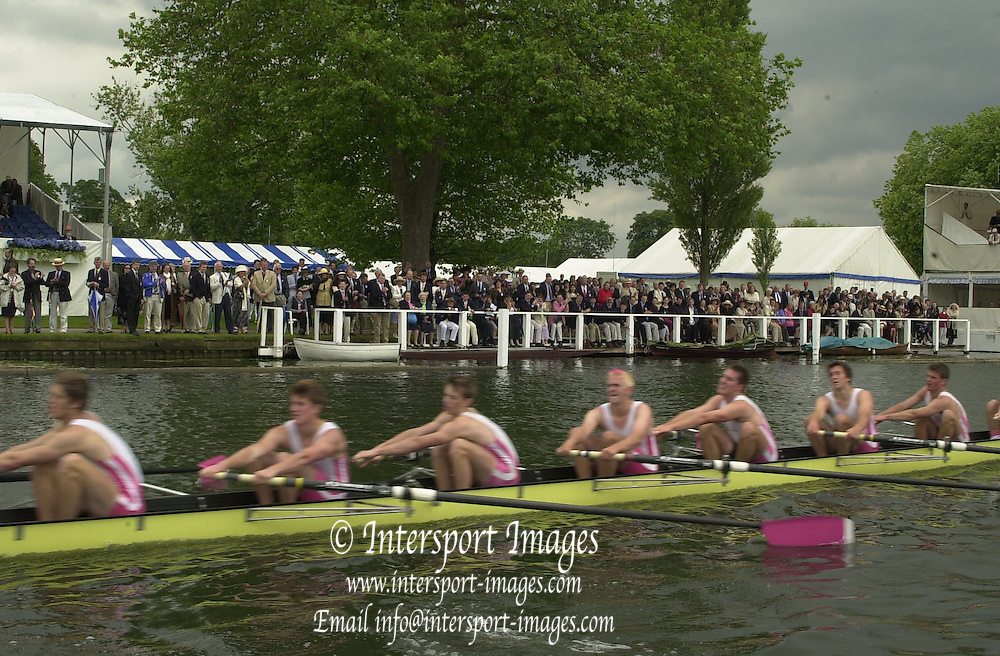 Henley, GREAT BRITAIN, GV from the progress board towards Stewards enclousure, 2002 Henley Royal Regatta [Credit, Peter Spurrier/Intersport Images] 20020703 Henley Royal Regatta, Henley, Great Britain