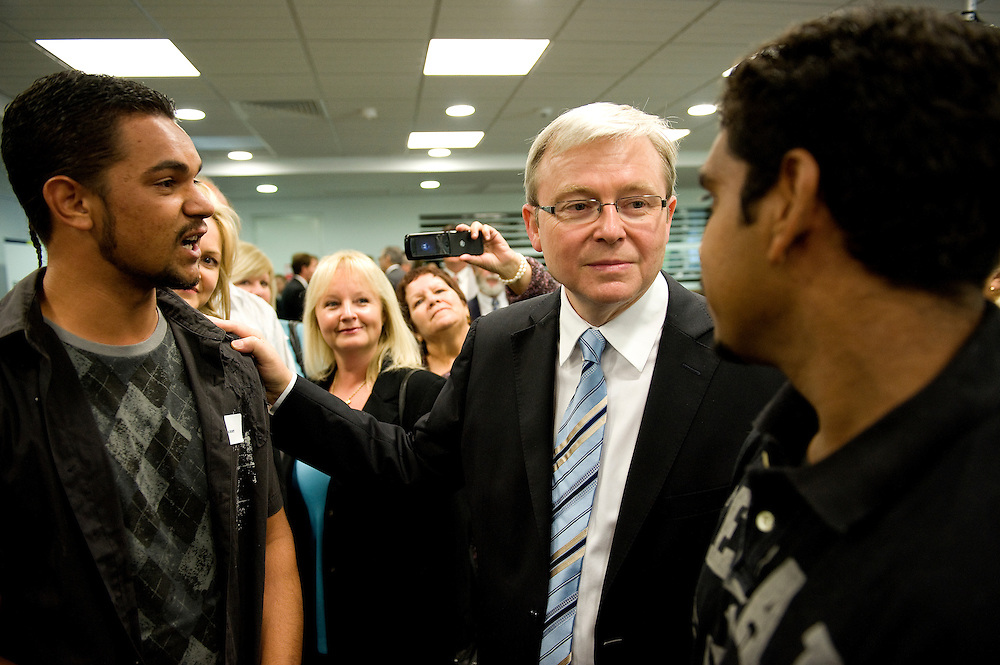 Prime Minister Kevin Rudd chats with Malcolm Riley (left) and Jarman Pickett at a jobs forum the PM hosted at the City of Cockburn Administration Centre in Spearwood, Western Australia
