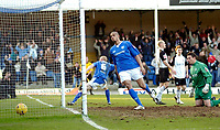 Photo: Leigh Quinnell.<br /> Chesterfield v Southend United. Coca Cola League 1. 18/02/2006. Southend goalkeeper Darryl Flahavan can only watch as Derek Nivens shot goes in the net for Chesterfield.