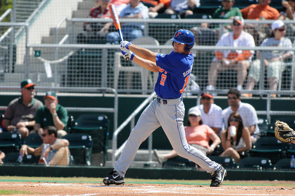 March 2, 2008 - Coral Gables, FL<br /> <br /> Matt den Dekker #17 of the Florida Gators in action during their 6-2 victory over the Miami Hurricanes at Alex Rodriguez Park in Coral Gables, Florida.<br /> <br /> JC Ridley/CSM