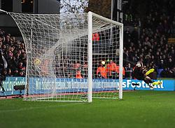 Liverpool's Simon Mignolet fails to save Crystal Palace's Mile Jedinak free kick  - Photo mandatory by-line: Alex James/JMP - Mobile: 07966 386802 - 23/11/2014 - Sport - Football - London -  - Crystal palace  v Liverpool - Barclays Premier League