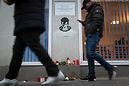 "155 Hauptstrasse, Schöneberg, Berlin, Germany. 10th January 2019.  Three years after David Bowie's death, fans in Berlin keep the British musician's fame alive with candles, flowers and messages of appreciation. The shrine is located outside the building he shared with Iggy Pop in the late 1970s. In the three years Bowie lived in West Berlin he recorded the ""Berlin Trilogy"", Low (1977), Heroes (1977), and Lodger (1979).   // Lee Thomas, Tel. 07784142973. Email: leepthomas@gmail.com  www.leept.co.uk (0000635435)"