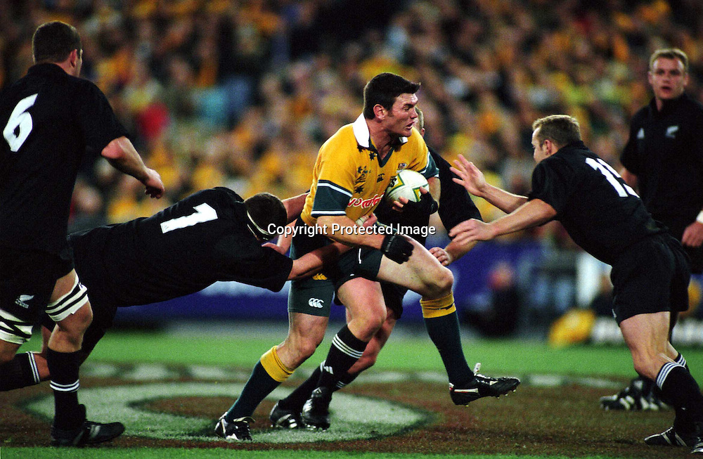 Daniel Herbert in action during the rugby union Bledisloe Cup match between the All Blacks and Australia, Syndey, 3 August 2002. Photo: PHOTOSPORT