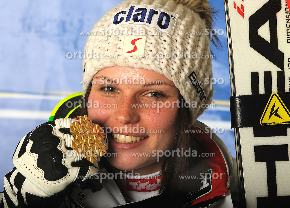 11.02.2011, Kandahar, Garmisch Partenkirchen, GER, FIS Alpin Ski WM 2011, GAP, Damen, Super Combination, im BildGoldmedaillen Gewinnerin und Weltmeisterin Anna Fenninger (AUT) // Gold Medal and World Champion Anna Fenninger (AUT) during ladies Supercombi, Fis Alpine Ski World Championships in Garmisch Partenkirchen, Germany on 11/2/2011. EXPA Pictures © 2011, PhotoCredit: EXPA/ E. Spiess