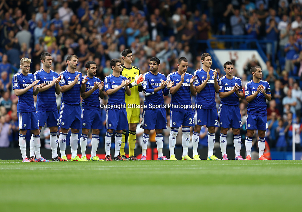 13 September 2014 - Barclays Premier League - Chelsea v Swansea City - Chelsea players take part in a minutes applause for Lord Richard Attenborough, Life President of Chelsea Football club who passed away on 7th September 2014 -   Photo: Marc Atkins / Offside.