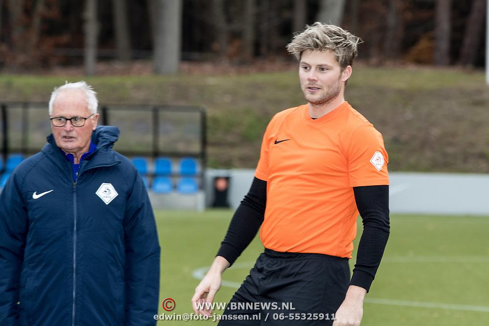 NLD/Zeist/20191123 - persconferentie Nationaal Artiesten Elftal van de KNVB, Tim Douwsma en Foppe de Haan