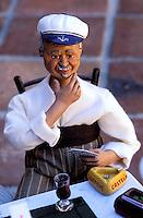 France, Provence, Santons de Provence, Artisan : Castelin Peirano // Clay figures called santons, a traditional Provencal craft, made by santonnier Castelin Peirano