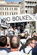 Emiliano Albensi<br /> 28/09/2016 Roma (Italia)<br /> Manifestazione &quot;No Bolkestein&quot; con Di Maio e Salvini<br /> Nella foto: alcuni momenti della manifestazione organizzata dagli ambulanti di tutta Italia contro la direttiva Bolkestein, imposta dall'Unione Europea e che prevede la messa a bando delle licenze. <br /> <br /> Emiliano Albensi<br /> 28/092016 Rome (Italy)<br /> &quot;No Bolkestein&quot; Demonstration with Di Maio and Salvini<br /> In the picture: Moments of the demonstration organized by Italian peddlers against the Bolkestein directive, imposed by the European Union and according to which it will be issued a tender for all the Licenses.