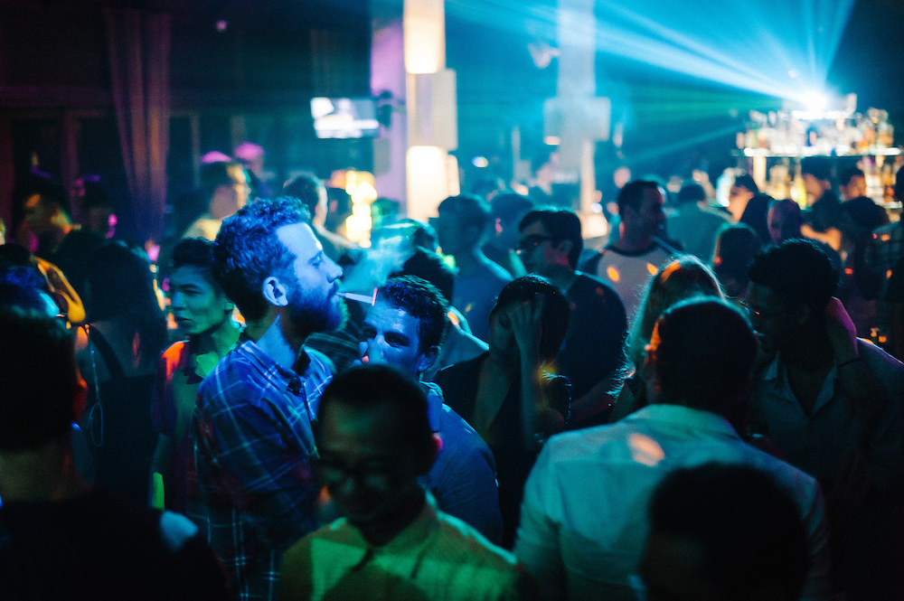 Lifelike @ Hu'u Bar, Bali, Indonesia, 29/6/2013.