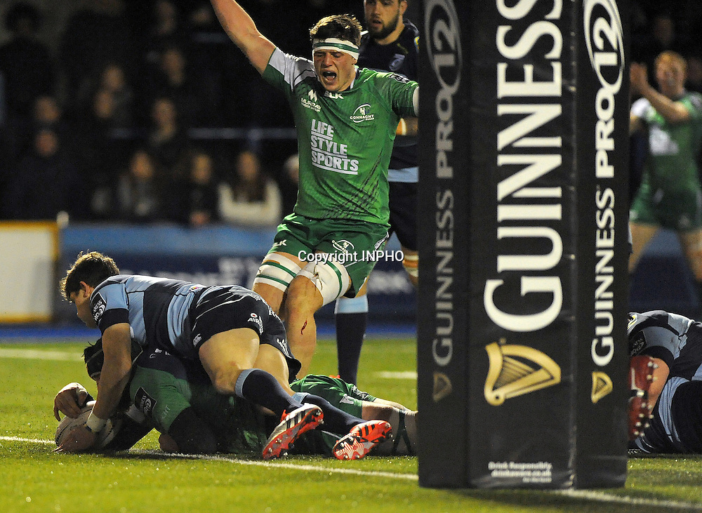 Guinness PRO12, BT Sport Cardiff Arms Park, Wales 6/3/2015<br /> Cardiff Blues vs Connacht<br /> Connacht's Aly Muldowney scores his side's second try<br /> Mandatory Credit &copy;INPHO/Ashley Crowden