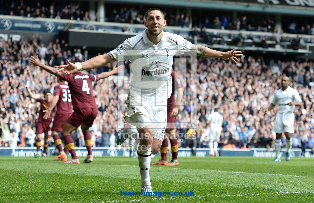 Picture by Andrew Timms/Focus Images Ltd +44 7917 236526.21/04/2013.Clint Dempsey of Tottenham Hotspur celebrates scoring their first goal during the Barclays Premier League match against Manchester City at White Hart Lane, London.