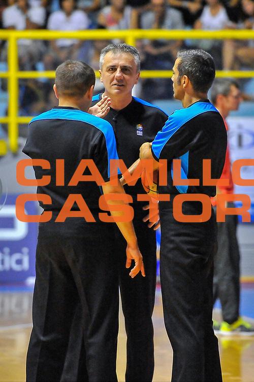 DESCRIZIONE : Cagliari Qualificazione Eurobasket 2015 Qualifying Round Eurobasket 2015 Italia Svizzera - Italy Switzerland<br /> GIOCATORE : Neskovic Bardera Vovk<br /> CATEGORIA : Arbitro Referee<br /> EVENTO : Cagliari Qualificazione Eurobasket 2015 Qualifying Round Eurobasket 2015 Italia Svizzera - Italy Switzerland<br /> GARA : Italia Svizzera - Italy Switzerland<br /> DATA : 17/08/2014<br /> SPORT : Pallacanestro<br /> AUTORE : Agenzia Ciamillo-Castoria/ Luigi Canu<br /> Galleria: Fip Nazionali 2014<br /> Fotonotizia: Cagliari Qualificazione Eurobasket 2015 Qualifying Round Eurobasket 2015 Italia Svizzera - Italy Switzerland<br /> Predefinita :