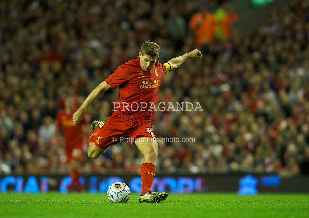 LIVERPOOL, ENGLAND - Thursday, August 30, 2012: Liverpool's captain Steven Gerrard in action against Heart of Midlothian during the UEFA Europa League Play-Off Round 2nd Leg match at Anfield. (Pic by David Rawcliffe/Propaganda)
