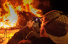 Hogmanay Bonfire final preparations | Biggar | 31 December 2016