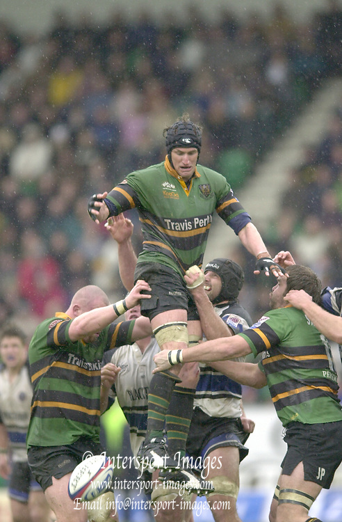 Photo. © Peter Spurrier/Intersport Images.18/04/2004  - 2004 Zurich Premiership Rugby - Northampton Saints v Bath Rugby... ..