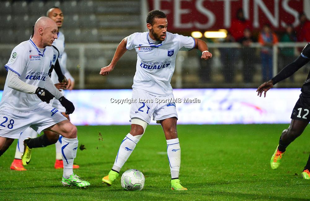 Remi MULUMBA   - 19.12.2014 - Auxerre / Niort - 18e journee Ligue 2<br /> Photo : Dave Winter / Icon Sport