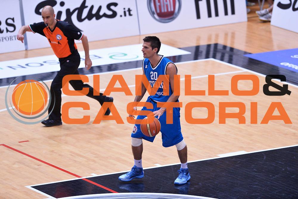 DESCRIZIONE : Trento Nazionale Italia Uomini Trentino Basket Cup Italia Belgio Italy Belgium<br /> GIOCATORE : Andrea Cinciarini<br /> CATEGORIA : palleggio<br /> SQUADRA : Italia Italy<br /> EVENTO : Trentino Basket Cup<br /> GARA : Italia Belgio Italy Belgium<br /> DATA : 12/07/2014<br /> SPORT : Pallacanestro<br /> AUTORE : Agenzia Ciamillo-Castoria/GiulioCiamillo<br /> Galleria : FIP Nazionali 2014<br /> Fotonotizia : Trento Nazionale Italia Uomini Trentino Basket Cup Italia Belgio Italy Belgium