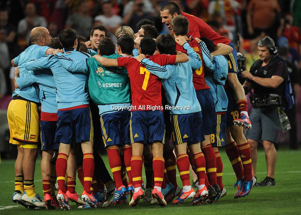 27 06 2012 Donetsk Ukraine.  Spain's team celebrates after winning the UEFA EURO 2012 semi-final soccer match via penalties. Portugal vs Spain at Donbass Arena in Donetsk, Ukraine, 27 June 2012.