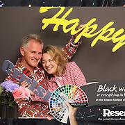 Resene Launch - Black-White