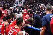 Campionato Italiano Basket 2017/18<br /> 18° Giornata Ritorno  <br /> Bologna 03/02/2018   <br /> Segafredo Virtus Bologna - VL Pesaro 85-67<br /> Nella foto Spiro Leka time out<br /> Foto GiulioCiamillo/Ciamillo-Castoria